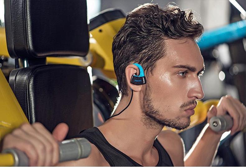 Fitness slúchadlá na šport a do posilňovne s MP3 prehrávačom Dacom P10 MP3.