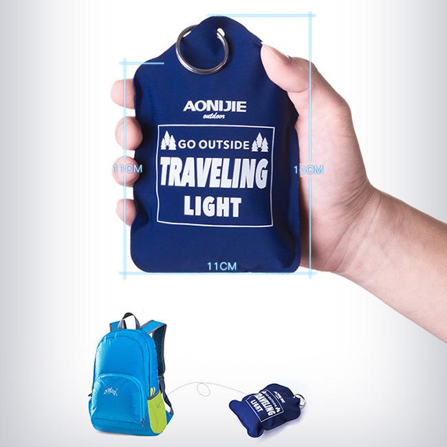 Zložiteľný malý vankúšik na cestovanie do auta, lietadla, autobusu.  Okolo krku Aonijie E4078.