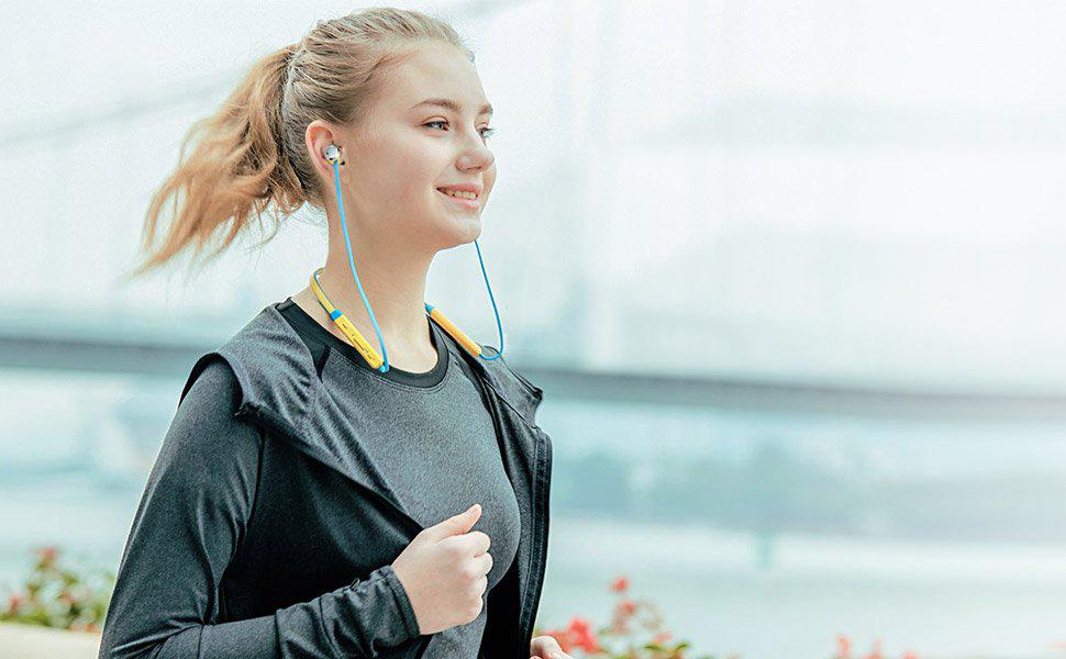 Bluetooth pecky do uší okolo krku do fitka a posilňovne Bluedio TN Energy.