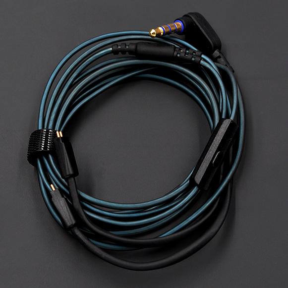 Sluchatka KZ ZS6 majú kvalitný vymeniteľný kábel so zahlým 3,5mm jackom.