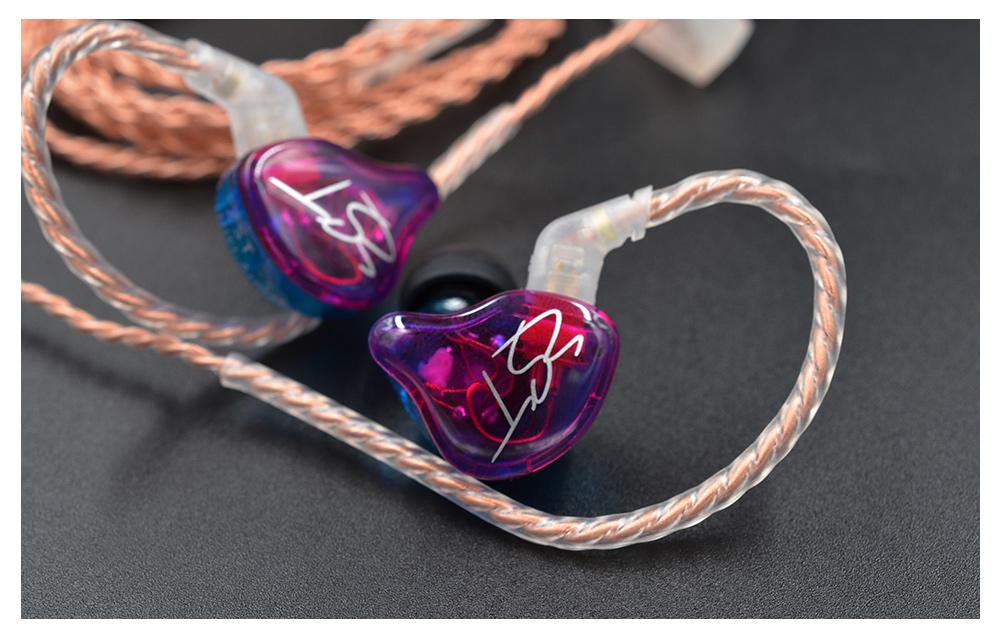 Ružovo modrá farebná slúchadlá KZ ZST variant Candy.