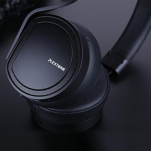 Bluetooth 4.1 slúchadlá cez uši Plextone BT270 kompatibilný s iPhone a mobily.