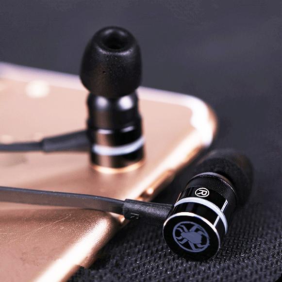 Herné slúchadlá do uší so super zvukom a silnými basmi lacná Plextone G20.