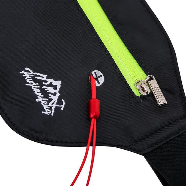 Športové vrecko na mobil s vývodom na káblové slúchadlá