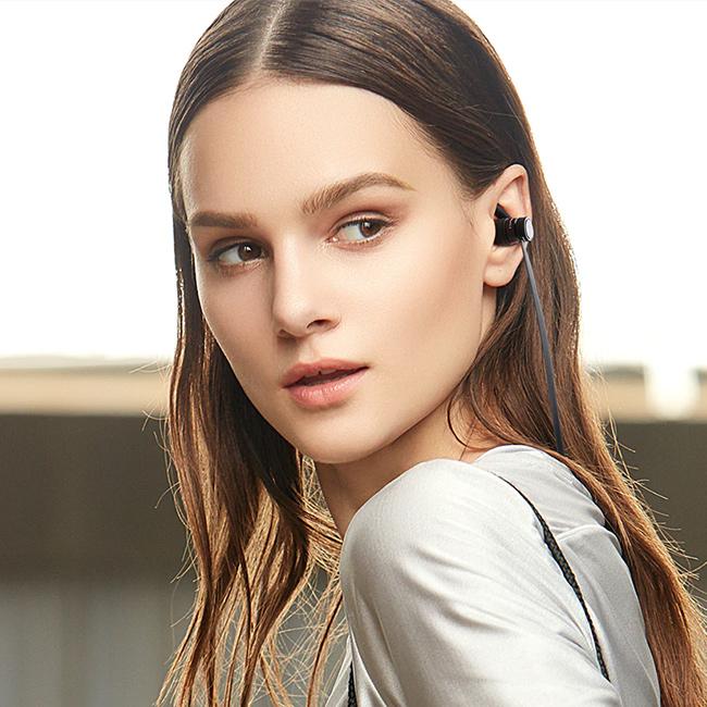Awei A920BLS ľahká bezdrôtové slúchadlá do uši ergonomická.