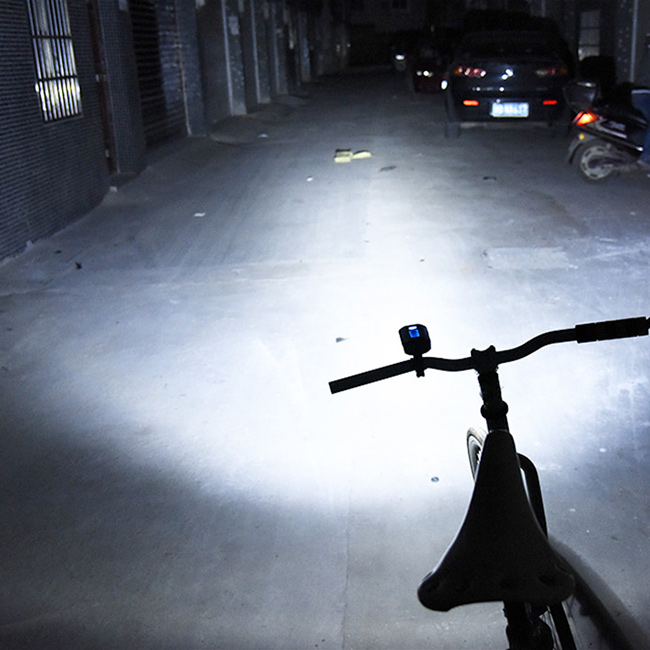 Super svietivé predni ľad svetlo na bicykel s vysoko svitivimi diódami XML T6.