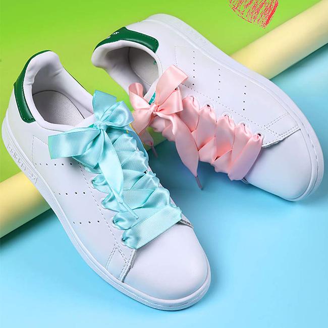 Společneské šnúrky do topánok, do spoločnosti, na vychádzky slávnostné šnúrky pre dievčatá ako darček dáva Fancy F1.
