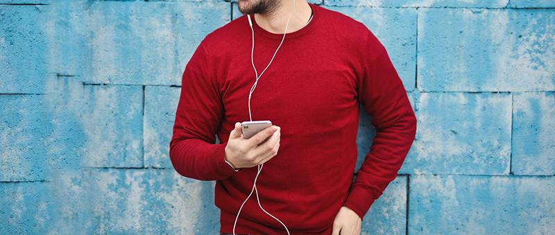 ktora-sluchatka-na-behanie-vybrať-klasickym-káblovým-slúchadlám-sa-radšej-vyhnete